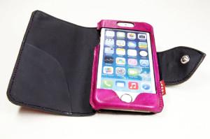 手帳型iPhoneケース。革。ピンク01