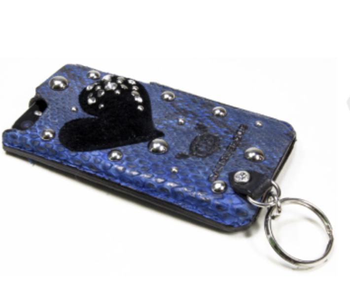 蛇革で作ったハートのiPhoneケース