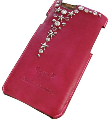 赤い革の星型スタッズiPhoneケース